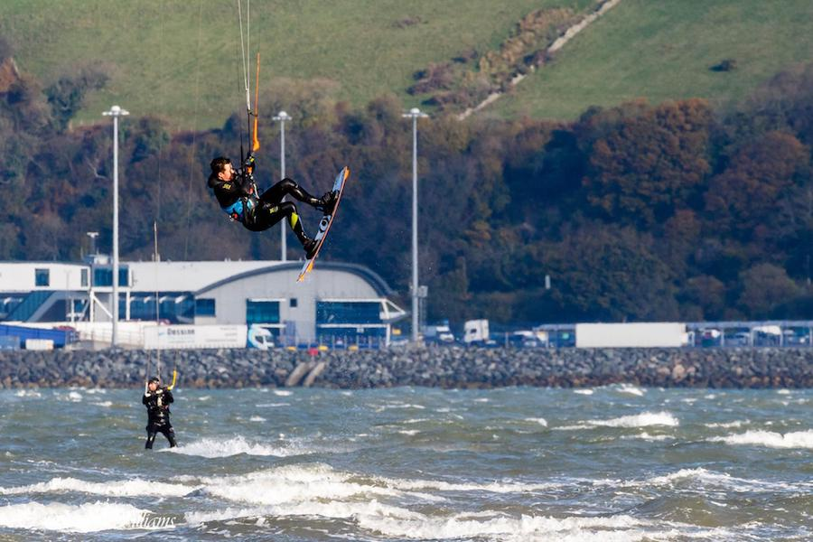 Big Air Weekender - November 2016 - Kitesurfing Lessons Scotland Edinburgh Glasgow Fife Dundee Aberdeen Kitesurf School