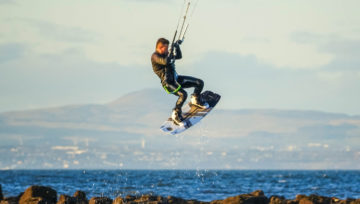 Winter Kitesurfing - Scotland