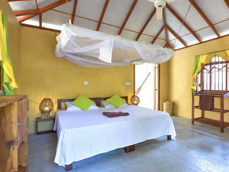 Kitesurfing Sri Lanka Holidays - Bungalows 2